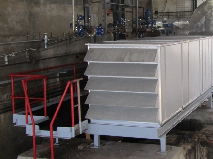 Equipment for cooling and warming of calcium nitrate